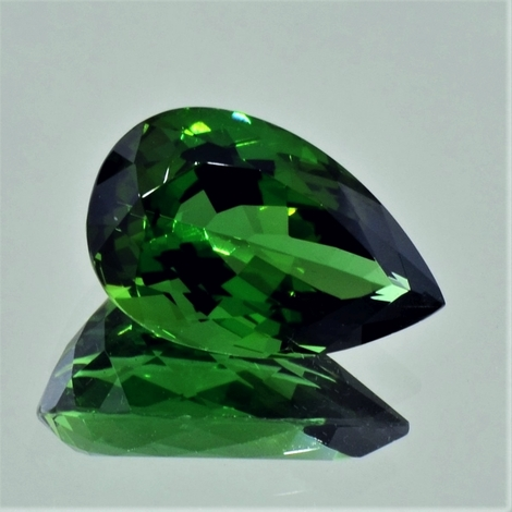 Green Tourmaline Tourmaline pear green 10.49 ct