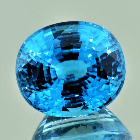 Zirkon oval intensivblau 23,37 ct