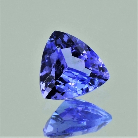 Tanzanite trillion 0.95 ct