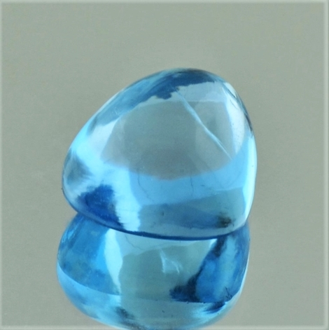 Blue Topaz Cabochon trillion 11.82 ct