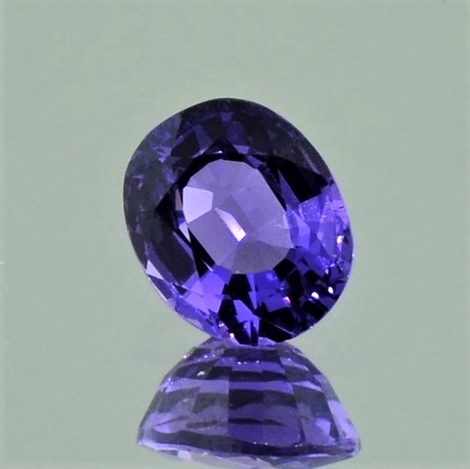 Sapphire oval violet unheated 1.18 ct