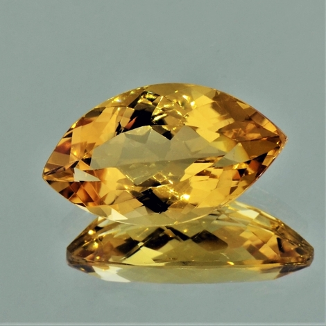 Goldberyll Navette goldgelb 8,14 ct