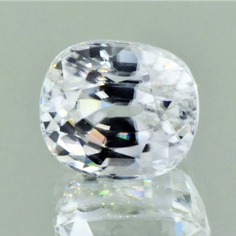 Zircon cushion colorless 10.14 ct