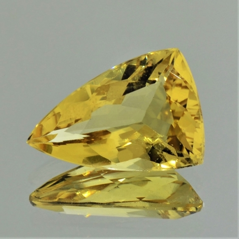 Golden Beryl trillion 8.08 ct