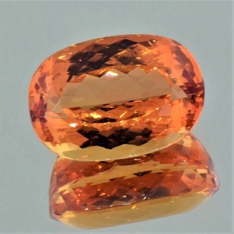 Imperial-Topas oval 11,34 ct
