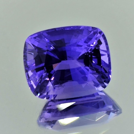 Sapphire cushion farbwechsel violetish blue 7.27 ct