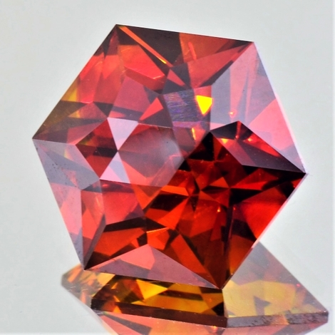 Sphalerite Hexagon-Design 35.32 ct