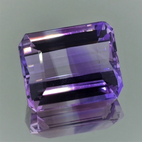 Bicolor-Quarz octagon violett-farblos 36,58 ct