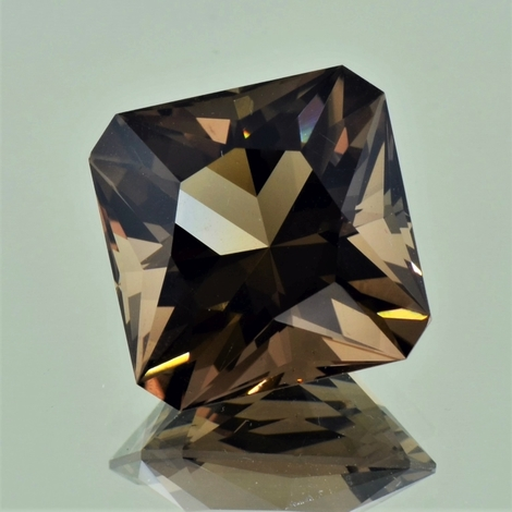 Smoky Quartz Octagon-Design 21.48 ct.