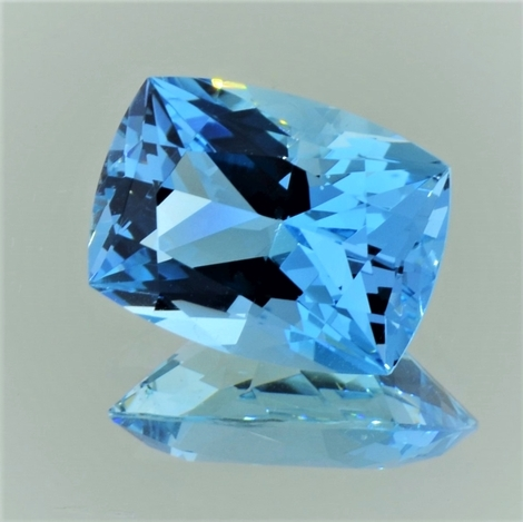 Aquamarine cushion blue 9.18 ct