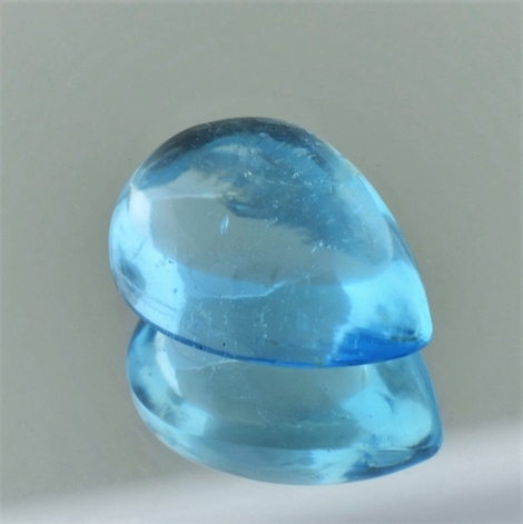Blue Topaz Cabochon pear 20.01 ct