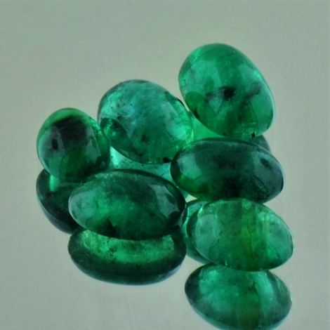 Emerald Lot Cabochons oval 10.56 ct