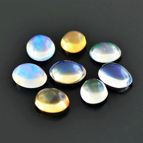 Precious Opal Lot Cabochons oval 4.06 ct