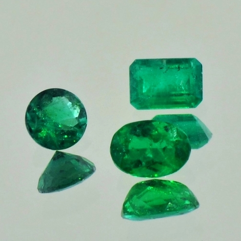 Emerald Lot faceted 1.43 ct