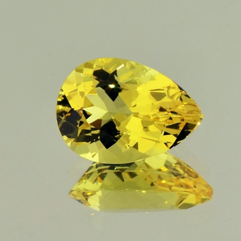 Goldberyll Tropfen 5,66 ct