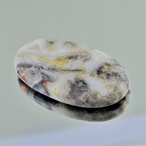 Jaspis Cabochon oval 64,40 ct