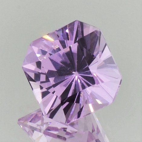 Kunzite octagon-design light pink 16.17 ct