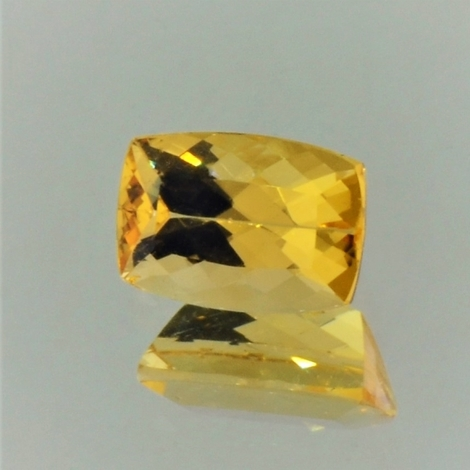 Imperial Topaz cushion golden yellow 1.80 ct