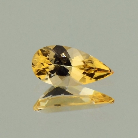 Imperial Topaz pear orangy yellow 1.10 ct