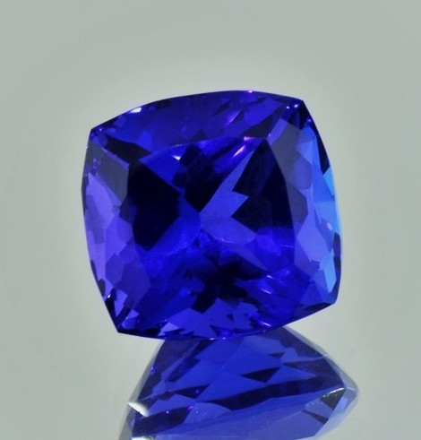 Tanzanite square cushion intense blue 12.05 ct