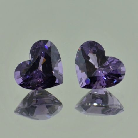 Spinel Pair heart grayish violet 4.41 ct