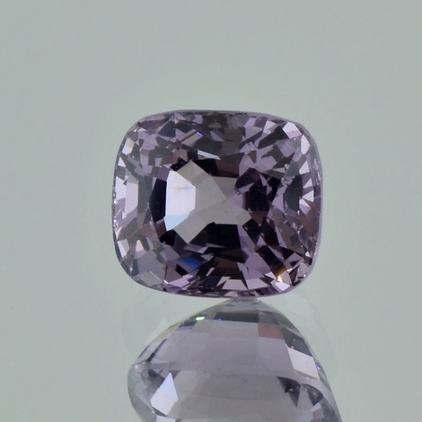 Spinell, Antikoval facettiert (4,03 ct.) aus Myanmar (Burma)