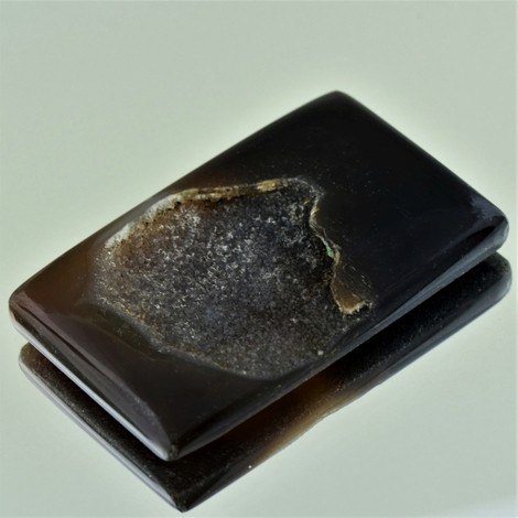 Agate mit Quarz-Druse rectangle 80.20 ct