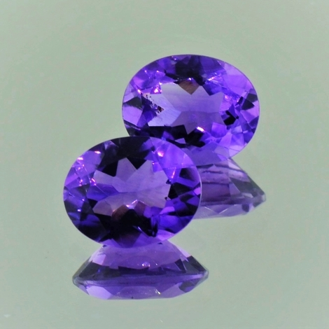 Amethyst Duo oval violett 4,6 ct