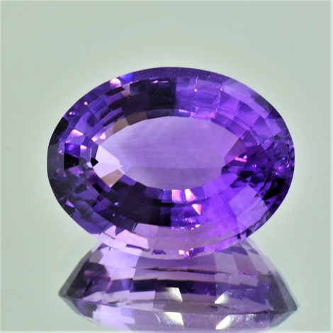Amethyst oval 18.77 ct