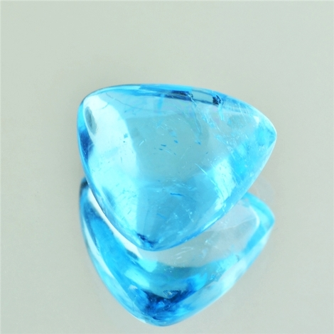 Blue Topaz Cabochon trillion 17.28 ct