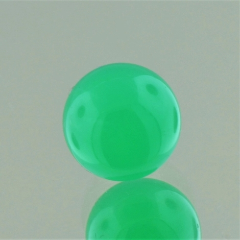 Chrysoprase sphere 7.09 ct