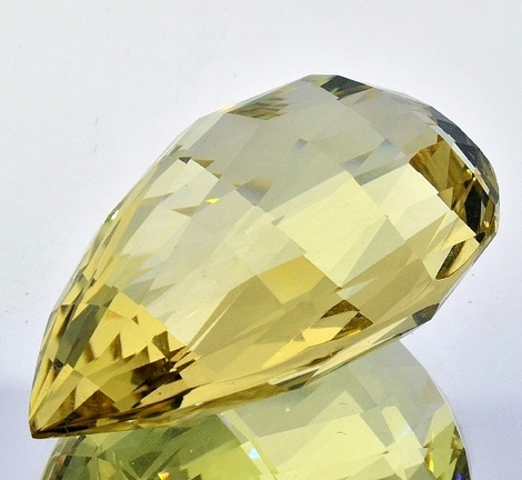 Citrine briolette light yellow unheated 119.11 ct
