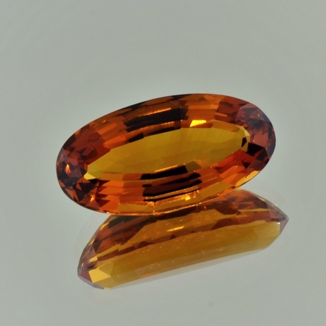 Citrine oval bräunlich-orange 14.82 ct