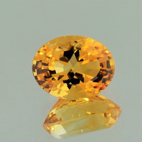 Citrine oval yellowish-orange 5.15 ct