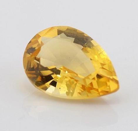 Citrine pear golden yellow 1.6 ct