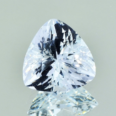 Beryl Goshenite trillion colorless 10.48 ct