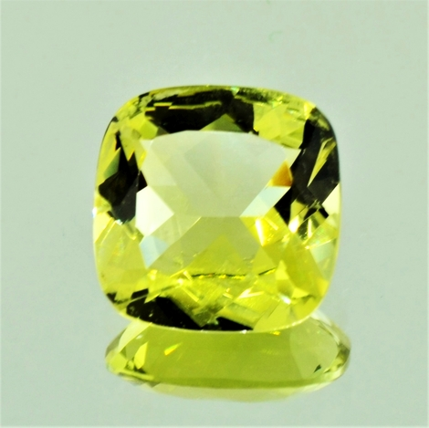 Beryl Helidor cushion-square 7.37 ct