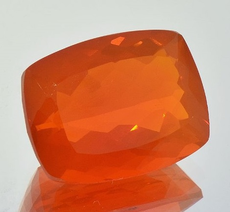 Fire Opal cushion reddish-orange 16.47 ct