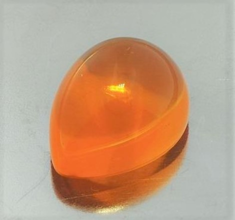Feueropal Cabochon Tropfen orange 11,47 ct