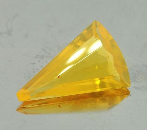 Fire Opal Fantasy yellow 3.76 ct