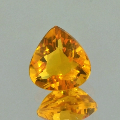 Fire Opal pear yellowish-orange 1.75 ct