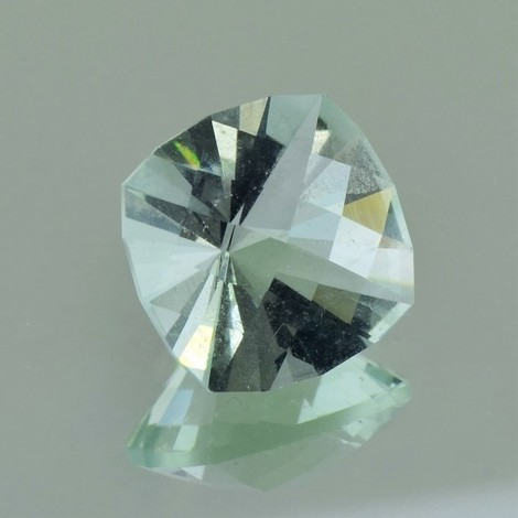 Fluorit, Design-Antik facettiert (9,83 ct.) aus Brasilien