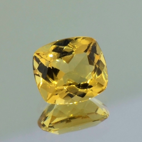 Goldberyll, Antik facettiert (3,34 ct.) aus Brasilien