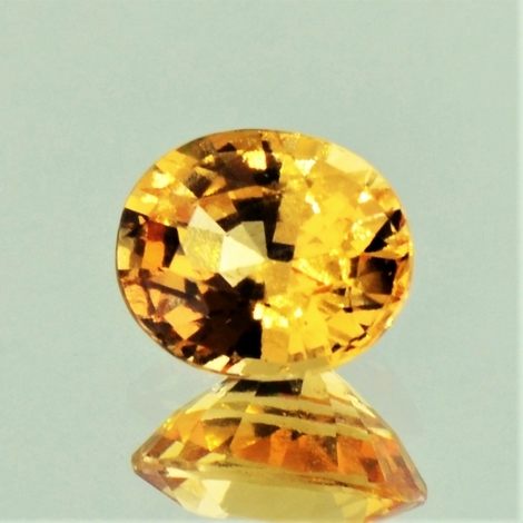 Garnet Hessonite oval yellowish-orange 4.08 ct