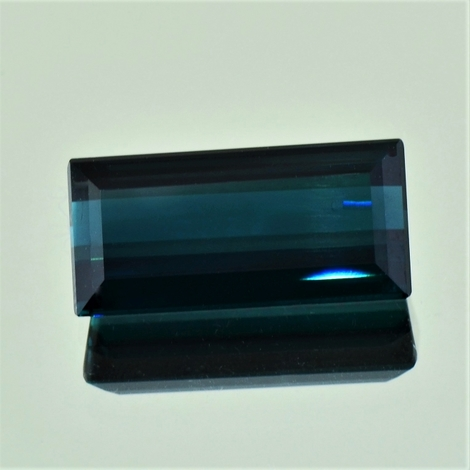 Indicolite Baguette dark blue 10.31 ct