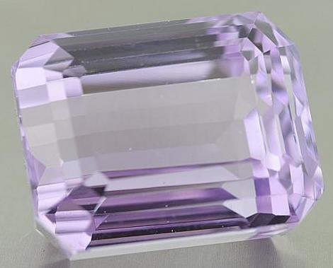 Kunzit Octagon 65,36 ct