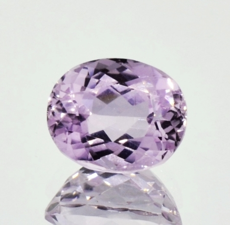 Kunzit oval 6,71 ct