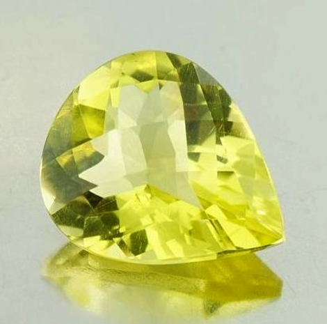 Lemon Quartz pear-checkerboard 28.45 ct