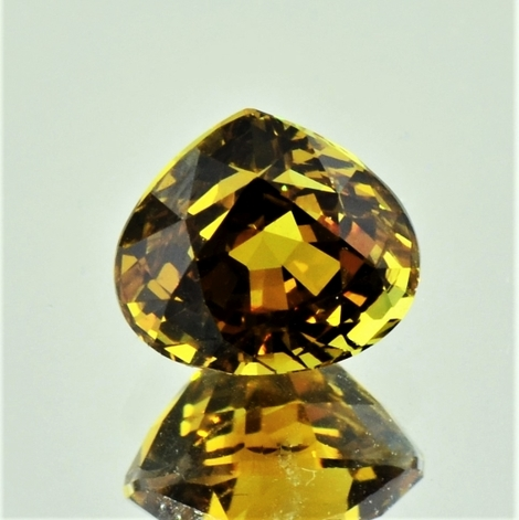 Mali-Garnet pear yellow brown 3.93 ct