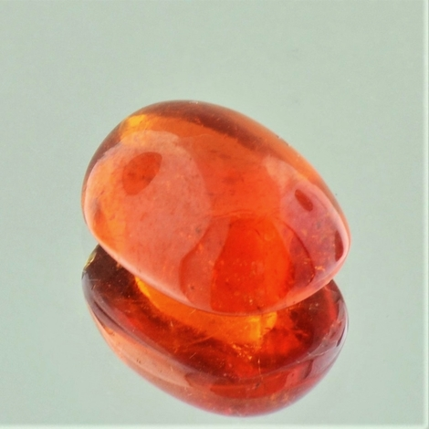 Mandarin-Garnet Cabochon cushion 11.35 ct